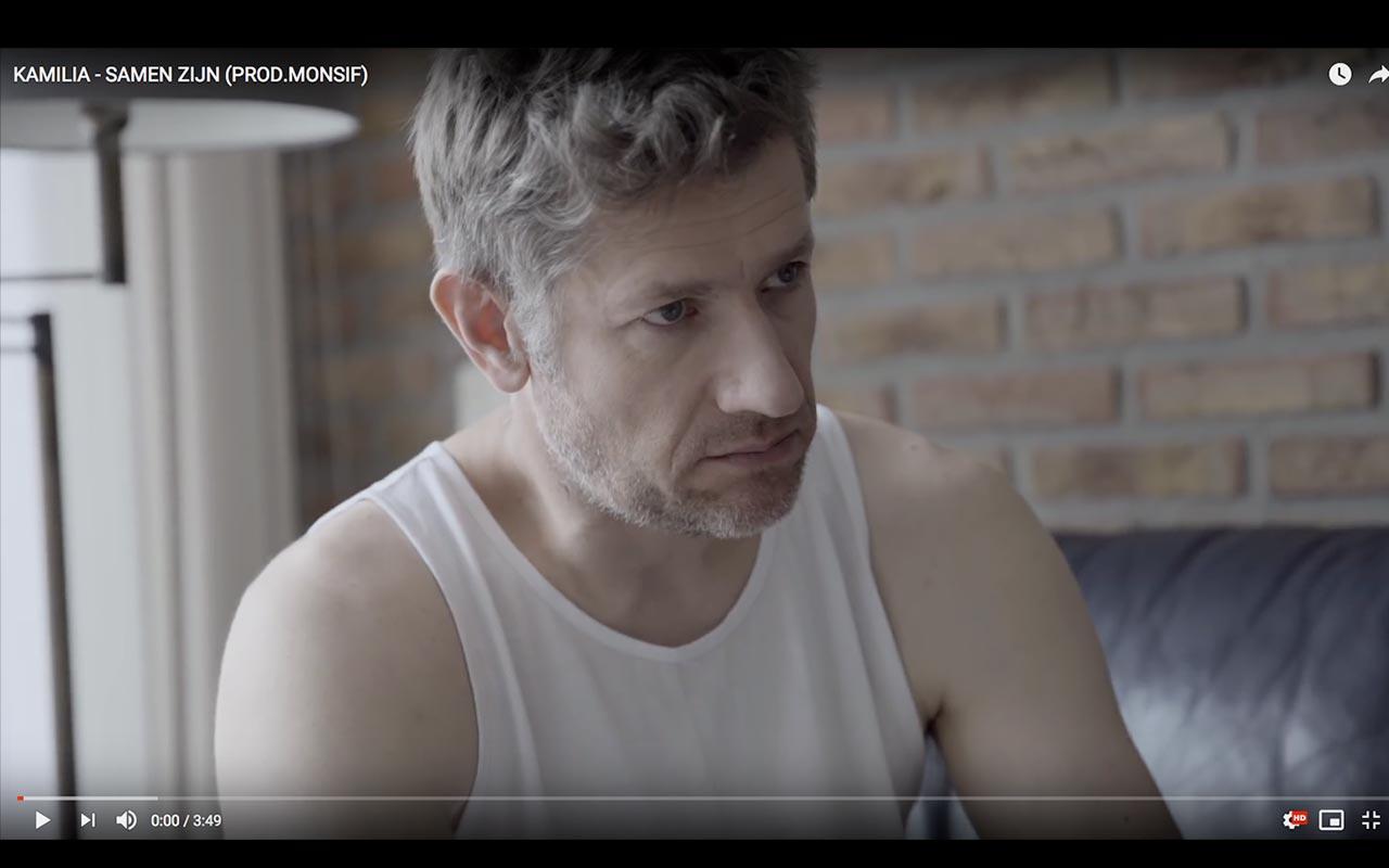 Hansd-acteur-muziek-video-kamilia-1